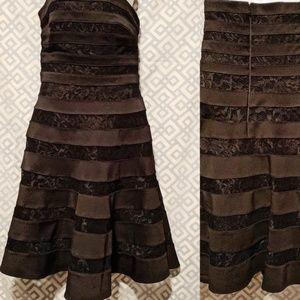🦎 White House Black Market Princess Dress Women 2